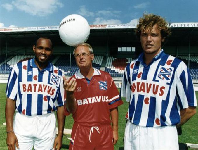 Futbolistas con la camiseta del Heerenveen en la década de 1990 - Odio Eterno Al Fútbol Moderno
