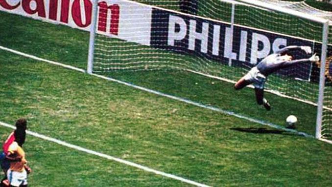 Gol fantasma de Míchel contra Brasil en el Mundial '86 - Odio Eterno Al Fútbol Moderno