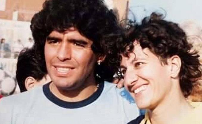 Maradona y Conchi Sánchez durante su etapa en Italia - Odio Eterno Al Fútbol Moderno