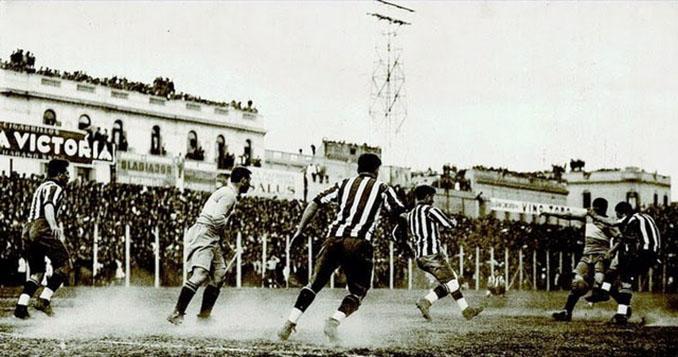 Primer Superclásico Boca vs River disputado en la era profesional (1931) - Odio Eterno Al Fútbol Moderno