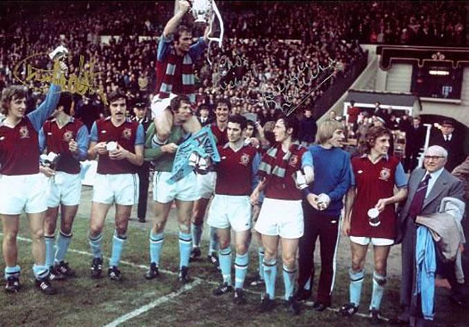 Aston Villa campeón de la League Cup de 1977 - Odio Eterno Al Fútbol Moderno