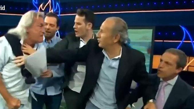 """El """"Loco"""" Gatti se pelea con Cristóbal Soria en directo en """"El Chiringuito"""" - Odio Eterno Al Fútbol Moderno"""