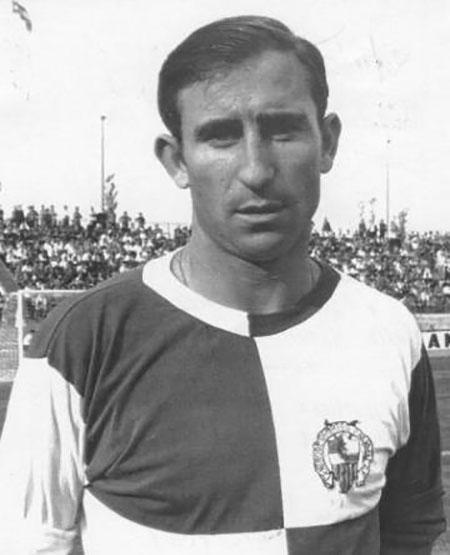 Peru Zaballa con la camiseta del CE Sabadell - Odio Eterno Al Fútbol Moderno