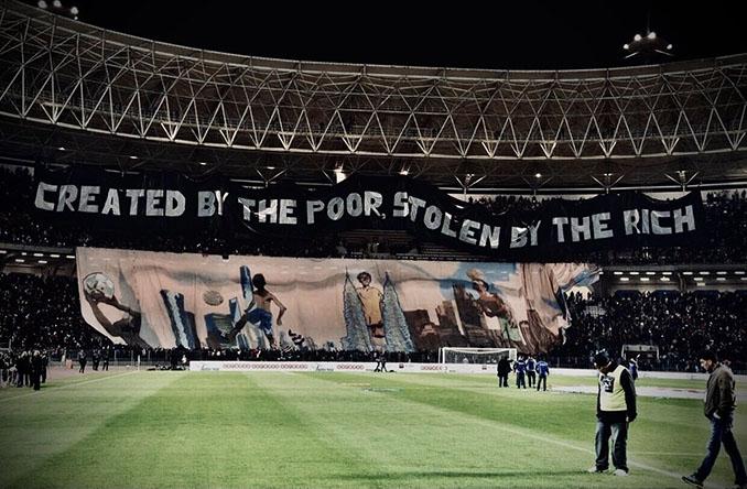 Pancarta contra el modelo de fútbol actual - Odio Eterno Al Fútbol Moderno