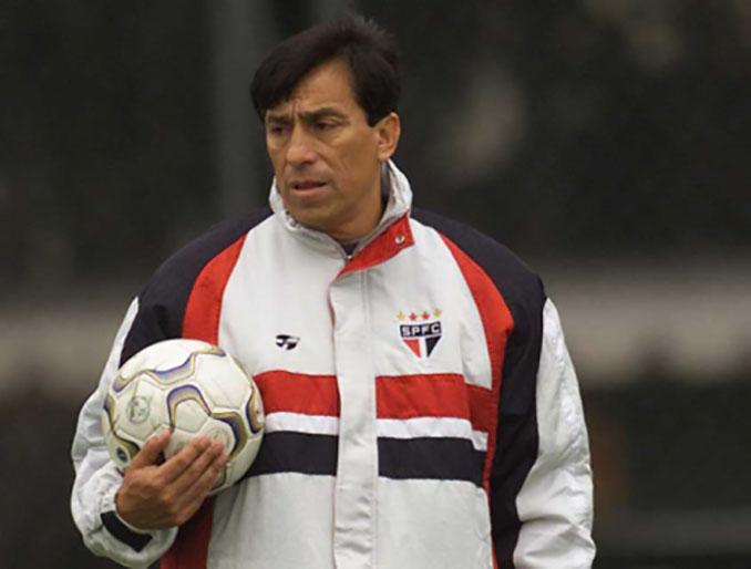 Roberto Rojas como entrenador de porteros en Sao Paulo - Odio Eterno Al Fútbol Moderno