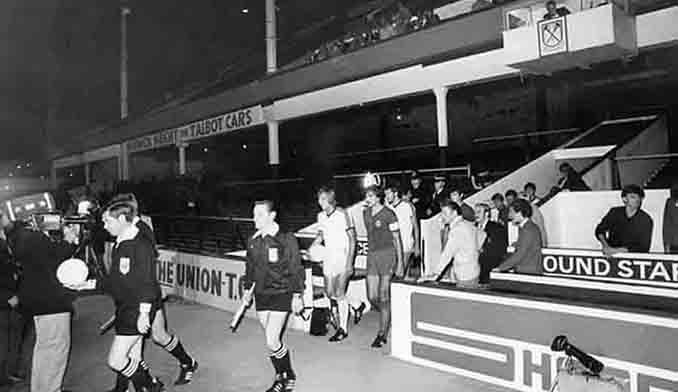 West Ham vs Castilla CF de la Recopa de Europa 1980-1981 - Odio Eterno Al Fútbol Moderno
