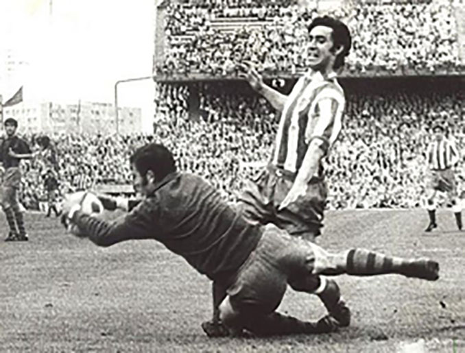 Atlético de Madrid vs Barcelona de la última jornada de la Liga de 1971 - Odio Eterno Al Fútbol Moderno