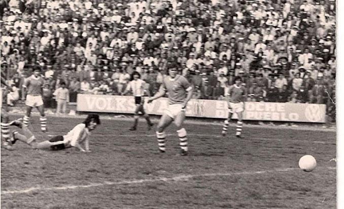 """Oscar Fornari marcó el gol de la victoria de la """"selección fantasma"""" ante Bolivia - Odio Eterno Al Fútbol Moderno"""