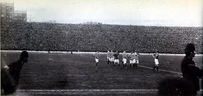 Jugadores de Celtic y Rangers en la final de la Scottish Cup de 1909 - Odio Eterno Al Fútbol Moderno