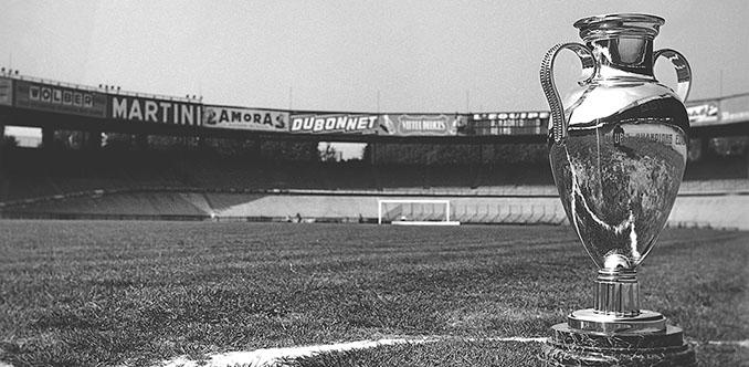 Trofeo de la Copa de Europa en el Parque de los Príncipes - Odio Eterno Al Fútbol Moderno