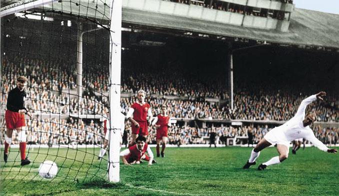 Di Stéfano marcó tres goles en la final de la Copa de Europa de 1960 - Odio Eterno Al Fútbol Moderno