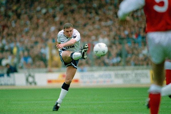 Paul Gascoigne marcó un golazo al Arsenal en las semifinales de la FA Cup de 1991 - Odio Eterno Al Fútbol Moderno