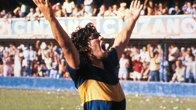 Maradona celebrando su golazo a River Plate en 1981 - Odio Eterno Al Fútbol Moderno