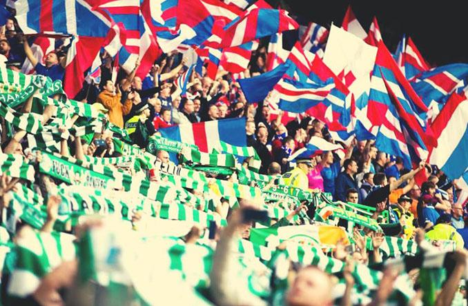 Aficionados de Celtic y Rangers durante un Old Firm - Odio Eterno Al Fútbol Moderno