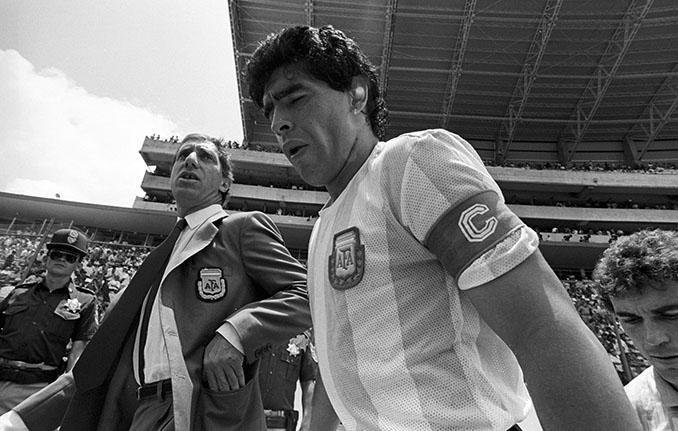 Bilardo y Maradona durante el Mundial de 1986 - Odio Eterno Al Fútbol Moderno