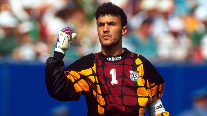 Borislav Mihaylov en el Mundial de 1994. Tomas Guasch solía decir que era tan calvo como Dertycia, pero más presumido - Odio Eterno Al Fútbol Moderno