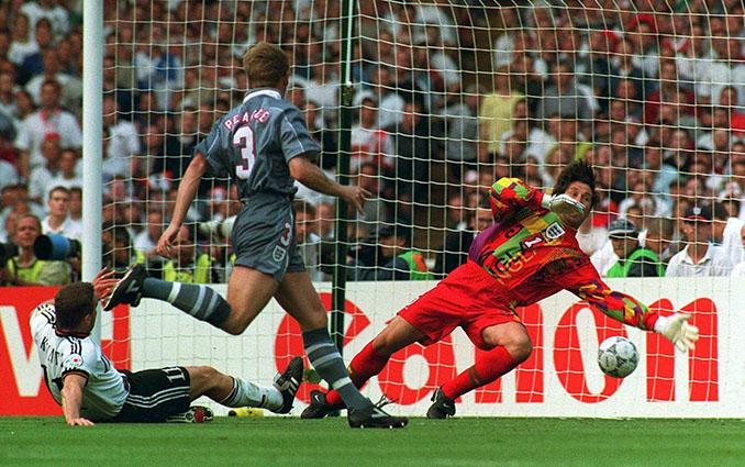 Stefan Kuntz hizo el 1-1 en el Inglaterra vs Alemania de la Eurocopa 1996 - Odio Eterno Al Fútbol Moderno