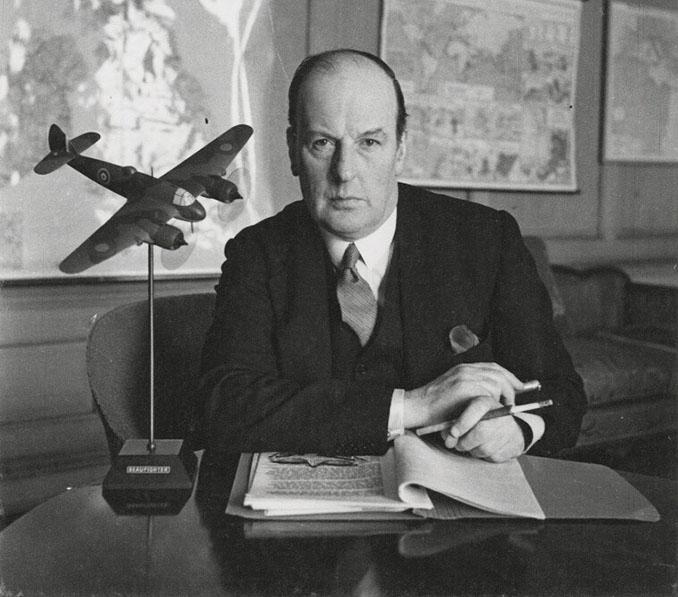 John Moore-Brabazon, en su etapa como ministro de Transportes del Imperio británico - Odio Eterno Al Fútbol Moderno