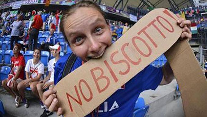 """Los italianos se temían el """"biscotto"""" escandinavo y no iban desencaminados - Odio Eterno Al Fútbol Moderno"""