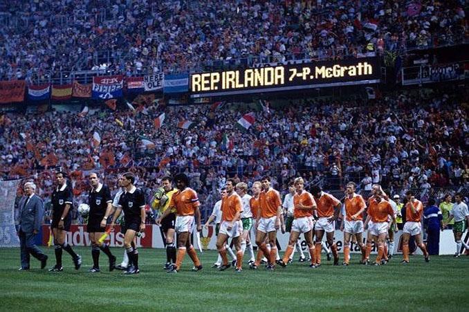 Holanda vs Irlanda de la Copa del Mundo de 1990 - Odio Eterno Al Fútbol Moderno