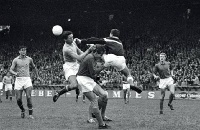 Partido con más goles en una Eurocopa. Francia vs Yugoslavia disputado en 1960 - Odio Eterno Al Fútbol Moderno