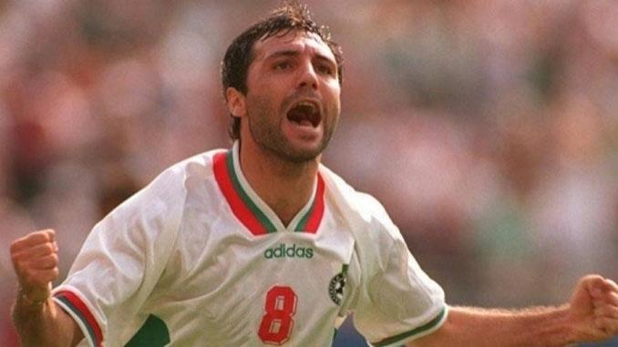 Hristo Stoichkov celebrando un gol con Bulgaria en el Mundial de 1994 - Odio Eterno Al Fútbol Moderno