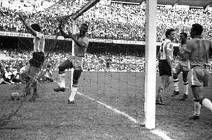 Argentina vs Brasil disputado en la última edición de la Copa Roca - Odio Eterno Al Fútbol Moderno
