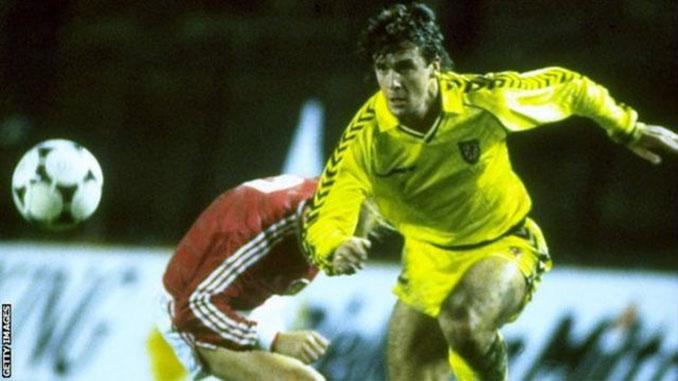 Mark Hughes en el Checoslovaquia vs Gales de 1987 - Odio Eterno Al Fútbol Moderno