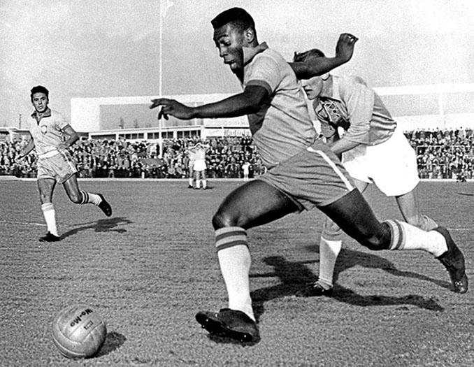 Pelé solo participó una vez en la Copa América - Odio Eterno Al Fútbol Moderno