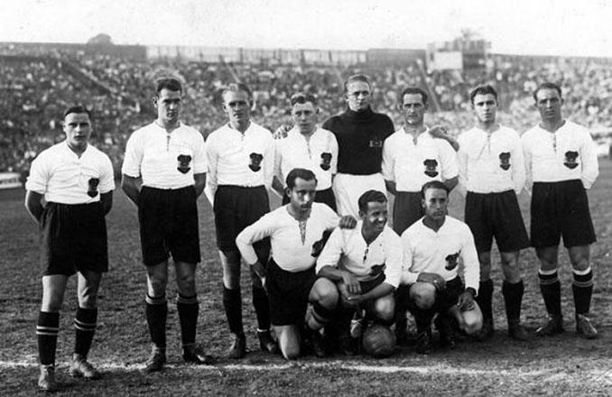 El Wunderteam con su uniforme habitual - Odio Eterno Al Fútbol Moderno