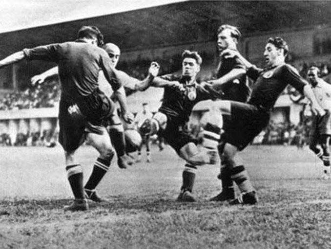 """Italia vs España del Mundial 1934 """"La batalla de Florencia"""" - Odio Eterno Al Fútbol Moderno"""
