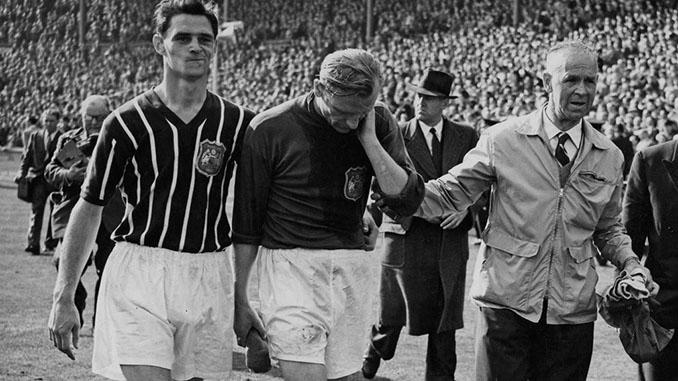 Bert Trautmann tras la final de la FA Cup de 1956 - Odio Eterno Al Fútbol Moderno