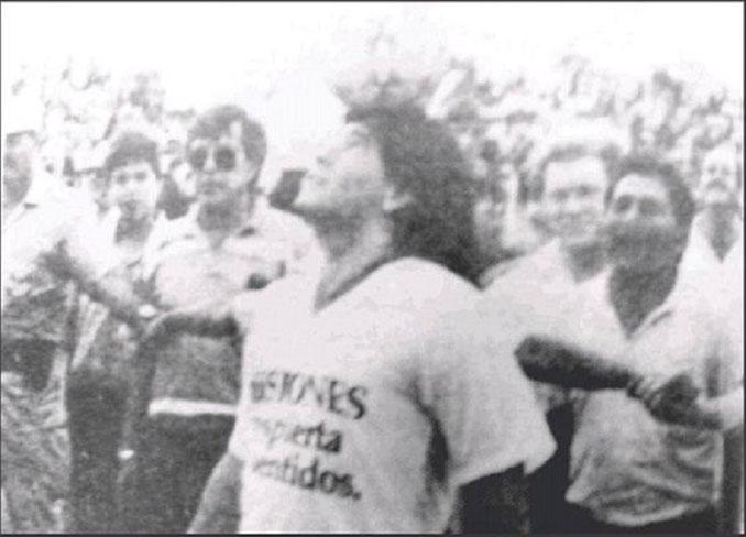 El gol de Maradona desde medio campo - Odio Eterno Al Fútbol Moderno