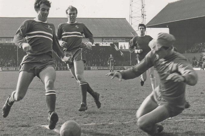 Tommy Ross logró el hat trick más rápido de la historia - Odio Eterno Al Fútbol Moderno