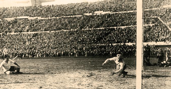"""Manuel """"El Chaquetas"""" Rosas anotó el primer penalti en una Copa del Mundo - Odio Eterno Al Fútbol Moderno"""
