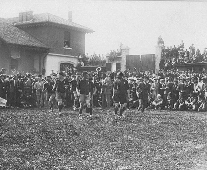 Final del campeonato italiano de 1925 entre Bolonia y Genoa - Odio Eterno Al Fútbol Moderno