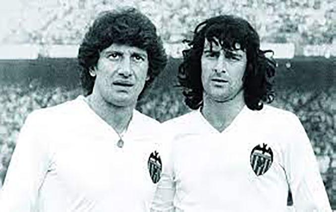 Fernando Morena y Mario Kempes durante su etapa en el Valencia CF - Odio Eterno Al Fútbol Moderno