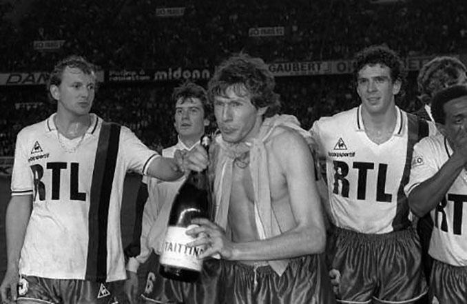 El PSG celebró su primera Ligue 1 (1985-1986) en el Parque de los Príncipes - Odio Eterno Al Fútbol Moderno