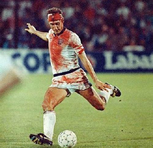 Terry Butcher durante el Suecia vs Inglaterra de 1989 - Odio Eterno Al Fútbol Moderno