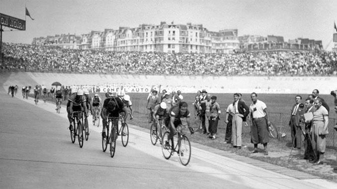Durante 64 años el Tour de Francia finalizó en el Parque de los Príncipes - Odio Eterno Al Fútbol Moderno