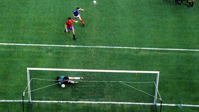 Error de Arconada en el Francia vs España de 1984 - Odio Eterno Al Fútbol Moderno