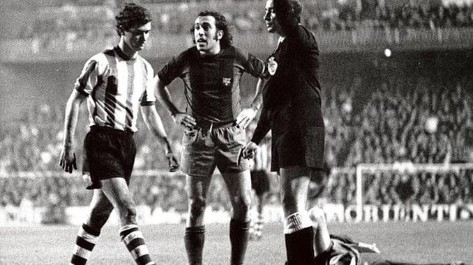 Asensi recrimina a Villar su agresión a Cruyff mientras abandona el terreno de juego - Odio Eterno Al Fútbol Moderno