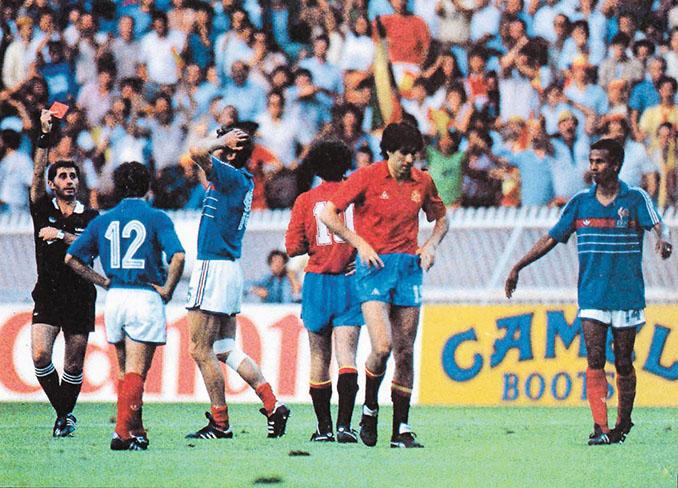 Final de la Eurocopa de 1984 entre Francia y España - Odio Eterno Al Fútbol Moderno