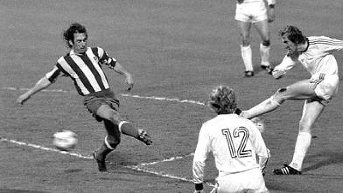 Gol de Schwarzenbeck sobre la bocina en la final de la Copa de Europa de 1974 - Odio Eterno Al Fútbol Moderno